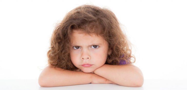 9 دلیل عصبانیت در کودکان و نجوه کنترل آنها